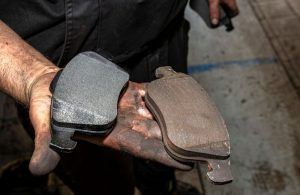 is a ceramic brake pad better than a semi-metallic brake pad? Let's find out